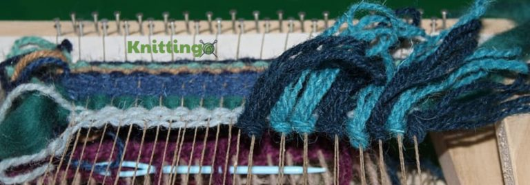 How to Use a Round Knitting Loom as a Beginner